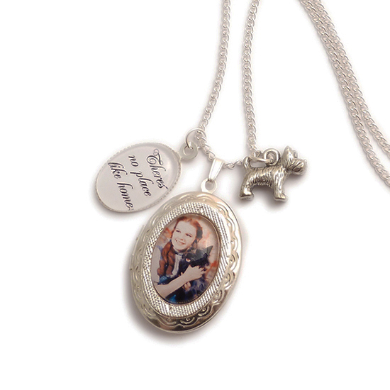 LunarraStar Wizard of Oz charm locket necklace - There's no place like Home Dorothy and the Ruby red slippers u73Ws